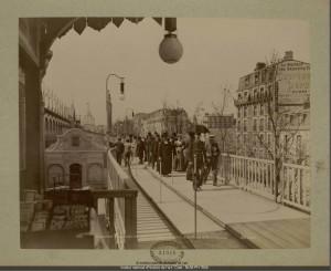 http://bibliotheque-numerique.inha.fr/collection/8199-exposition-universelle-de-1900-trottoir/